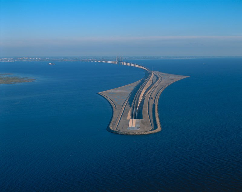 oresund-bridge-tunnel-2.jpg